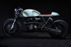 Honda CM400 by Junior Burell of Retromoto
