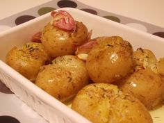 O Meu Tempero: Batatas Assadas Com Alho E Tomilho