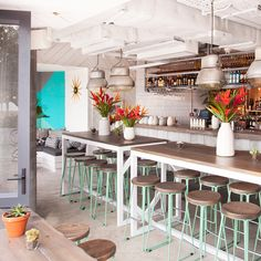 Limewood | Limewood shop 103/104, The Pulse 28 Beach Road, Repulse Bay - A mix of Hawaiian, South American, Caribbean and South East Asian flavours