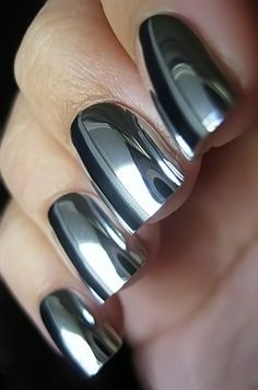 Sundaypop™ 6 ml Fashion Sexy New Metallics Nail Polish Mirror Nail Polish For Women Girl As Makeup Tool Steel Grey Mirror Effect Nails, Mirror Nails, Mirror Nail Polish, Metallic Nail Polish, Fabulous Nails, Gorgeous Nails, Nail Deco, Crome Nails, Manicure E Pedicure