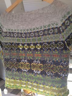 Bakside of my second Next year in Lerwick sweater. This will be a cardigan. Desin Tori Seierstad. Pattern from Ravelry.