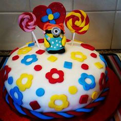 A Minion cake by Lyndsey Pert.