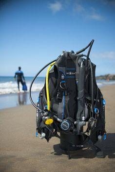 best scuba gear packages http://www.deepbluediving.org/mares-puck-pro-dive-computer-review/