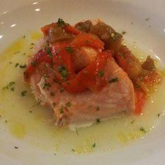 Salmón al horno con crema de patata y escalibada de verduras #viernesgastronomicos