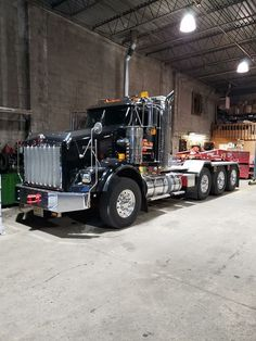 Heavy Duty Trucks, Big Rig Trucks, Heavy Truck, Rc Trucks, Dump Trucks, Cool Trucks, Peterbilt 379, Kenworth Trucks, Heavy Construction Equipment