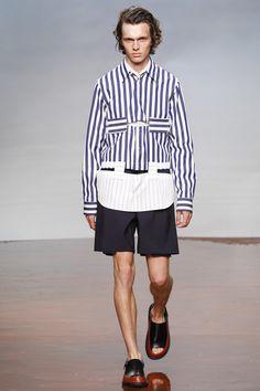 http://www.vogue.com/fashion-shows/spring-2017-menswear/marni/slideshow/collection