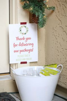 Thank you gifts - Christmas Thank You Idea for Package Delivery – Thank you gifts Christmas Thank You, All Things Christmas, Holiday Fun, Holiday Gifts, Christmas Holidays, Christmas Crafts, Christmas Ideas, Hostess Gifts, Merry Christmas