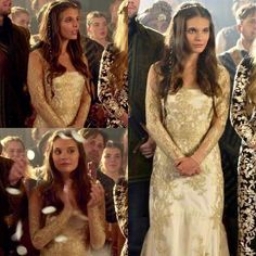 Lady Kenna, Reign Dresses, Reign Fashion, Season 2, That Look, Fantasy, Costumes, Clothes, Collection