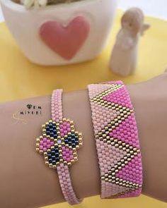 Diy Bracelets With Charms Seed Beads Kids Bracelets, Bead Loom Bracelets, Handmade Bracelets, Jewelry Bracelets, Diy Jewelry Charms, Seed Bead Jewelry, Beaded Jewelry, Diy Jewellery, Seed Beads