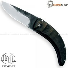 """CITADEL ROSSIGNOLI BIG Folding Custom Knife CITA-1017B, folding handmade knives with blade of DNH7 Carbon Steel of high quality with selective tempering, mirror polish finishing and Brut de Forge - HRC 40/60 - Blade lenght 3.5"""" - Thickness 0.12"""" - Handle made with Water Bufalo Horn inserts finely hand finished by skilled artisans - Traditional Lock system - Overall lenght 8.3"""" - Design by Citadel Cambodia - CITADEL handmade custom knife really exceptional with quality materials..."""