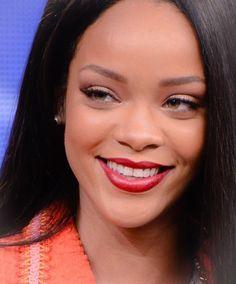 Rihanna @rihskitty