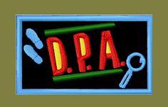 kit 6 etiquetas capas dpa detetive prédio azul patch bordado