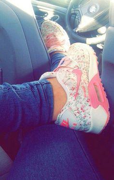 Floral/Pink Nike Air Max