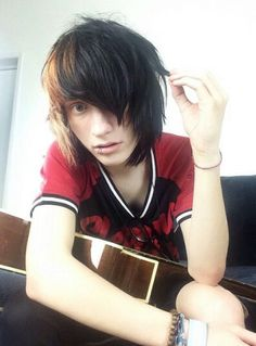 Hey, I'm Liam, but everyone calls me Lee. I'm 17 and single. I play the guitar and sing. I'm a big goof ball and love to make people laugh. Introduce? (Face Claim: Johnnie Guilbert)