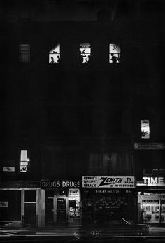 New York, 1957 - William Eugene Smith War Photography, History Of Photography, Documentary Photography, Street Photography, Tina Modotti, Gordon Parks, Walker Evans, Tucson, Kansas