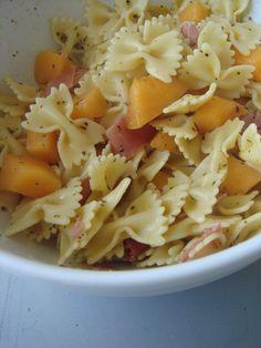 Cécé... : Salade de pâtes/ melon/ basilic/ jambon cru