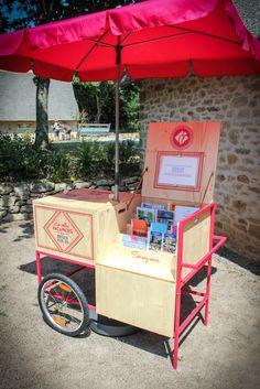MOSWO | le public | Bretagne Plein Sud | com publique | logo | tourisme | marque | Identité | design | pop-up | kiosque | mobile | chariot