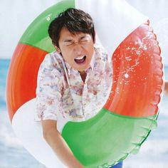 じいまご 26 November, Japanese Boy, To My Future Husband, Boy Bands, Outdoor Decor, Cute, Image, Gifs, Kawaii