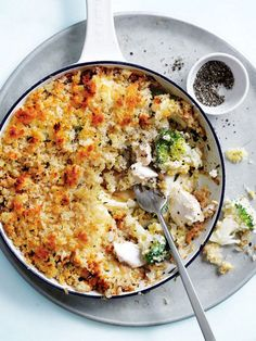 Caramelised leek and fresh broccoli make this crunchy-topped fish pie a true delight.