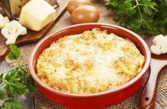 Darált húsos rakott karfiol sok sajttal | femina.hu Online Supermarket, Cornbread, Fine Dining, Macaroni And Cheese, Grains, Food And Drink, Ethnic Recipes, Oven, Cream