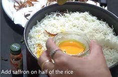 हैदराबादी चिकन दम बिरयानी रेसिपी! How to make Haydarabadi Chicken Dam Biryani in hindi with Photo? [Step-By-Step] Breakfast Bread Recipes, Dum Biryani, Cake Recipes, Grains, Rice, Chicken, Agra, Food, Recipes For Cakes