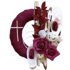 Kegyeleti koszorú bordó juta szalagos alapon Amigurumi Patterns, Crochet Patterns, Funeral Flowers, How To Purl Knit, Crochet Top Outfit, Ikebana, 4th Of July Wreath, Baby Knitting, Farmer