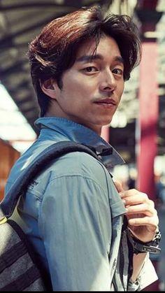 ❤❤ 공유 Gong Yoo ♡♡ Life was its usual and then there's Yoo. Kdrama, Asian Actors, Korean Actors, Busan, Goblin Gong Yoo, Oppa Gangnam Style, Korean Drama Series, Yoo Gong, Goong