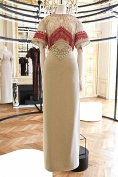 Givenchy Couture Fall Winter 2012 Paris - NOWFASHION