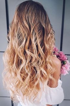 50 Awesome Curly Wedding Hairstyles Almost all of the curly wedding hairstyles are for girls with straight hair. They may take longer at hair salon. But it worth for sure! And it will cr. Dark Curly Hair, Curly Wedding Hair, Bohemian Bride, Flower Crown, Straight Hairstyles, Wedding Hairstyles, Salons, Curly Hair Styles, Awesome