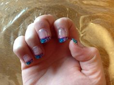 These are my nails that I painted hope u like
