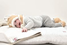 Set is matching with fleece Slippers as well. Comfortable hatter with Sherpa border for extra softness. www.lodger.com