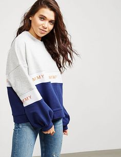 Womens Workout Outfits, Sport Outfits, Cool Outfits, Casual Outfits, Girls Fashion Clothes, Girl Fashion, Fashion Outfits, Clothes For Women, Tommy Hilfiger Sweatshirt