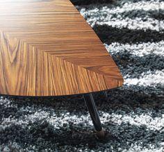 """Uit de IKEA catalogus 1957:  """"LÖVET (blad) dankt zijn naam aan zijn vorm. Deze moderne vorm is een ode aan de jaren 50. De smalle poten zijn afgewerkt met messing. Met zijn hoogte van 51cm is hij ideaal naast een fauteuil of de sofa."""" LÖVBACKEN (oorspronkelijk LÖVET) tafeltje, middenbruin"""