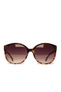 Chambery Sunglasses in Clear Print / ShopSosie #oversized #metallic #detailing #sunglasses #shopsosie