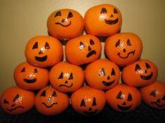 Kid Activities | Holidays: Halloween Snacks .......looking for a healthy Halloween snack?