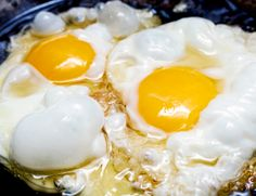 How to Make the Perfect Fried Egg - Gear Patrol Benefits Of Eating Eggs, Egg Benefits, Health Benefits, Easy Egg Recipes, Easy Smoothie Recipes, Best Omelette, Perfect Fried Egg, Best Breakfast Recipes, Breakfast Ideas