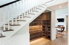 Hollow under the stairs - ideas to decorate and to .- Hollow unter der Treppe – Ideen, um es zu dekorieren und zu verschönern – Haus Dekoration Hollow under the stairs – ideas to decorate and beautify it - Stair Storage, Wine Storage, Stairs With Storage, Storage Area, Closet Storage, Under Stairs Wine Cellar, Wine Cellar Basement, Home Wine Cellars, Wine Cellar Design
