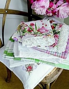 Vintage linens  http://weheartit.com/entry/1717888