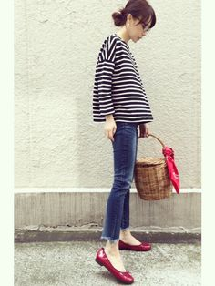 ari☆さんのTシャツ・カットソー「無印良品 オーガニックコットン太番手ボーダードロップショルダー 黒×白 Mサイズ」を使ったコーディネート