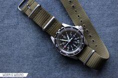 Hands-On with the Marathon Diver's Quartz Medium - Worn & Wound Marathon Watch, Nato Strap, Mode Masculine, Quartz, Mens Fashion, Jewels, Watches, Clocks, Guns
