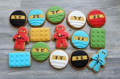 Ninja Birthday Cake, Ninja Birthday Parties, Birthday Cookies, Lego Parties, 7th Birthday, Birthday Ideas, Lego Ninjago Cake, Ninjago Party, Festa Ninja Go