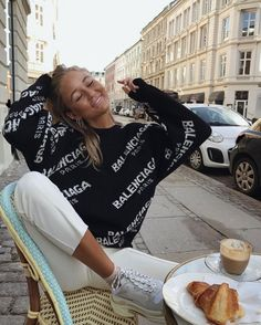 Designer Clothes, Shoes & Bags for Women Winter Outfits, Casual Outfits, Cute Outfits, Fashion Outfits, Fashion Week, Winter Fashion, Mode Ootd, Mode Streetwear, How To Pose