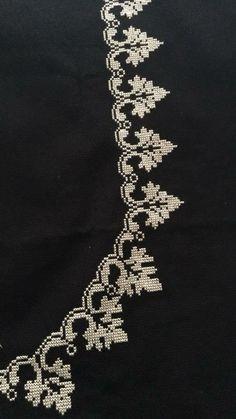 Cross Stitch Borders, Cross Stitch Flowers, Condolences Quotes, Palestinian Embroidery, Prayer Rug, Cross Stitch Embroidery, Flower Designs, Ravelry, Embroidery Designs