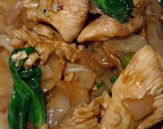 Pad See Ew | AsianSupper. Made this yesterday and want to make it again tonight!