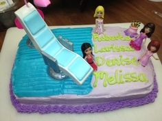Melissa made an awesome b day cake to celebrate our Aquarius b days
