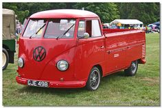 VW transporter 1959 front - Volkswagen Pickup. The single cab Pickup was introduced in 1952, A crew-cab 'Doka' (Doppelkabine) was also available