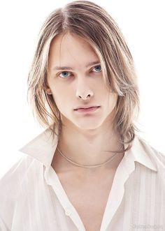 Amazing Men With Long Hair (18+)