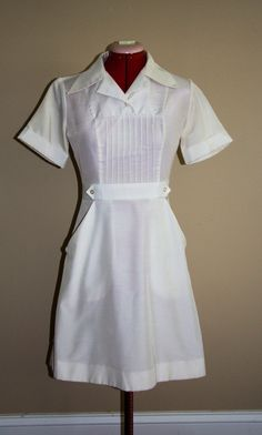 Authentic Tailored Vintage Nurse Uniform Amazing fit by Owen. , via Etsy- this looks like the uniforms I wore. Vintage Nurse, Vintage Medical, Etsy Vintage, Nursing Dress, Nursing Clothes, Waitress Outfit, Nylons, Blouse Nylon, Pinning Ceremony