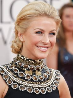 The dancer-turned-singer-turned-actress was back to blonde at the 68th Annual Golden Globe Awards. Her sleek updo is super-chic, but at a closer glance you can see it actually has trendy braided touches. Julianne loves to give her own spin to a classic, whether it's on the red carpet or in the remake of the '80s flick Footloose.