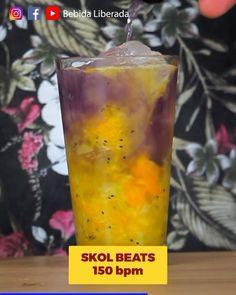 Drink Menage   Uma mistura de dar água na boca.  Marca um amigo pra fazer o Menage com você.  #bebidaliberada #drink #drinks #bartender #skolbeats #skolbeats150bpm #bartender
